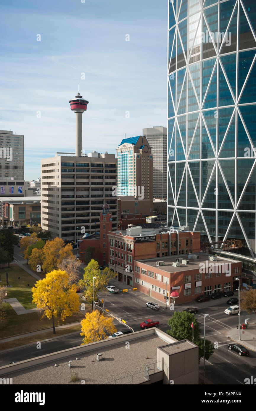 Calgary Tower im Herbst, Calgary, Alberta, Kanada Stockbild