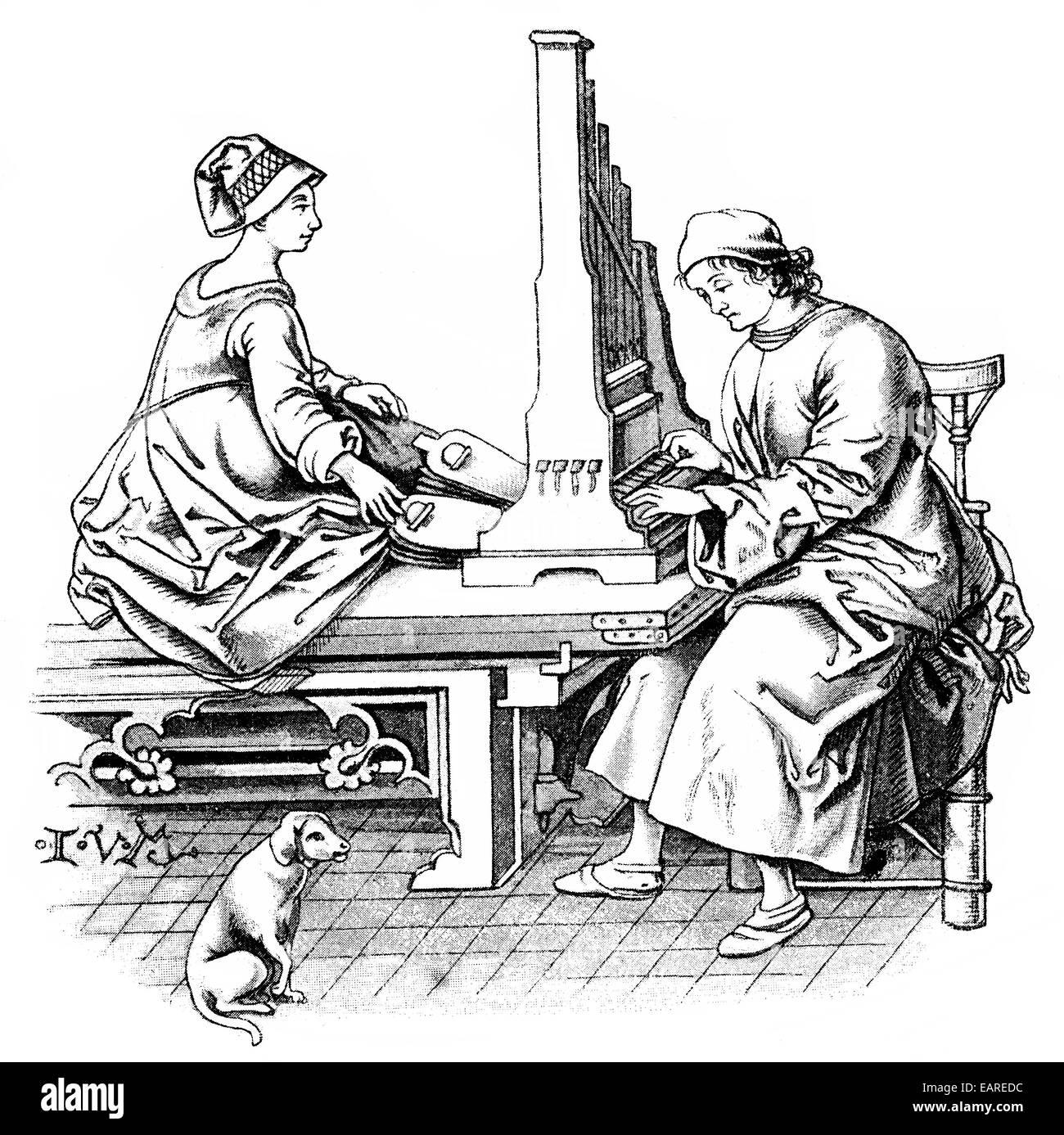 Hausorgel des 15. Jahrhunderts, Eine Hausorgel aus Dem 15. Halbmonatsschrift Stockbild