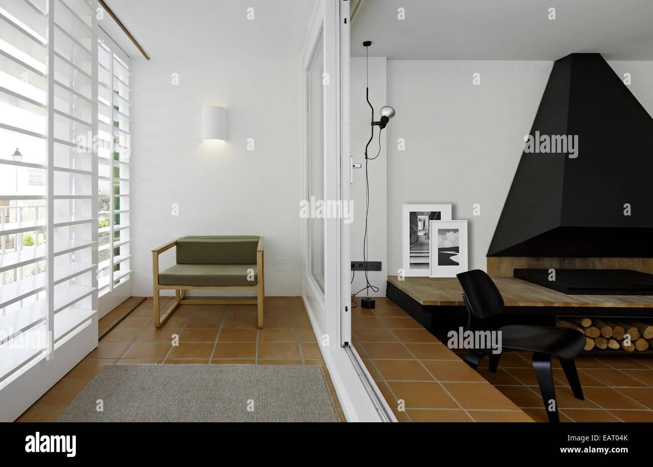 Kamin Und Platz Auf Terrasse Balkon In Modernen Wohnung Vivienda De
