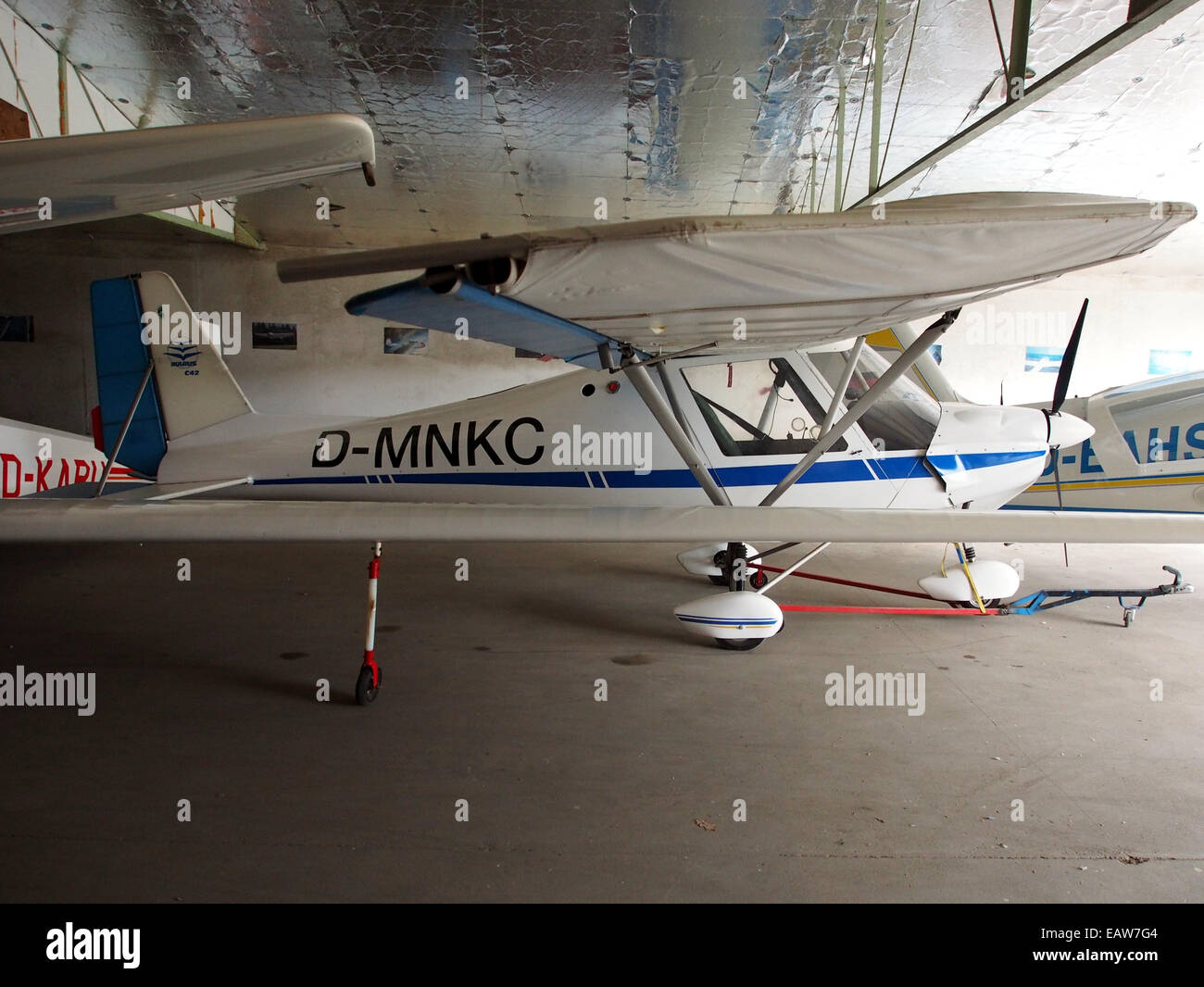 D Mnkc Ultraleichtflugzeug Weko Ikarus C42 Pic4 Stockfoto Bild