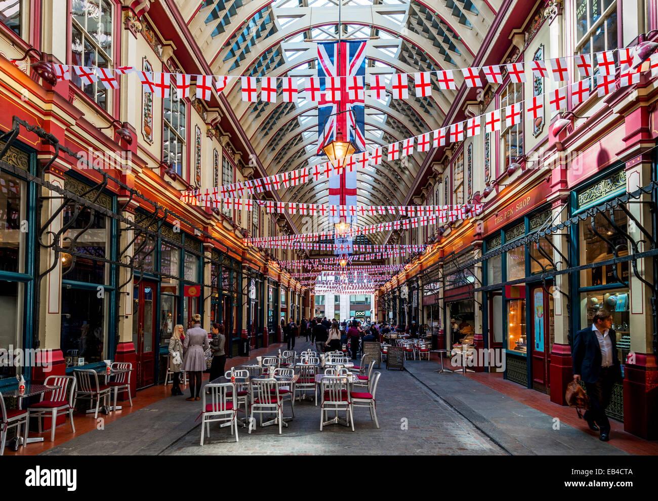 Leadenhall Market ist eine Markthalle in London, gelegen an der Gracechurch Street, City of London. Stockbild