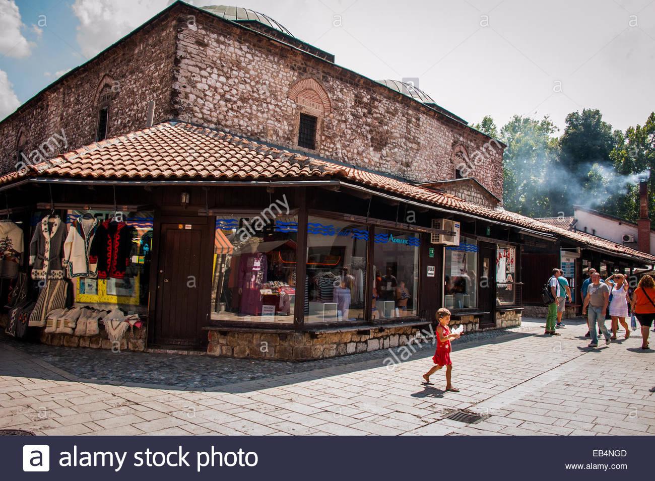 Fußgängerzonen und shopping in der Altstadt von Sarajevo Stockfoto ...