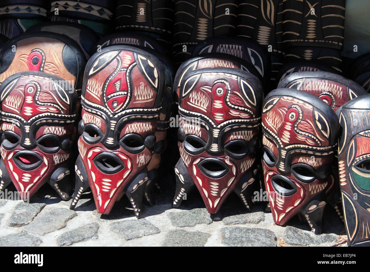 traditionelle afrikanische masken zum verkauf in kapstadt. Black Bedroom Furniture Sets. Home Design Ideas