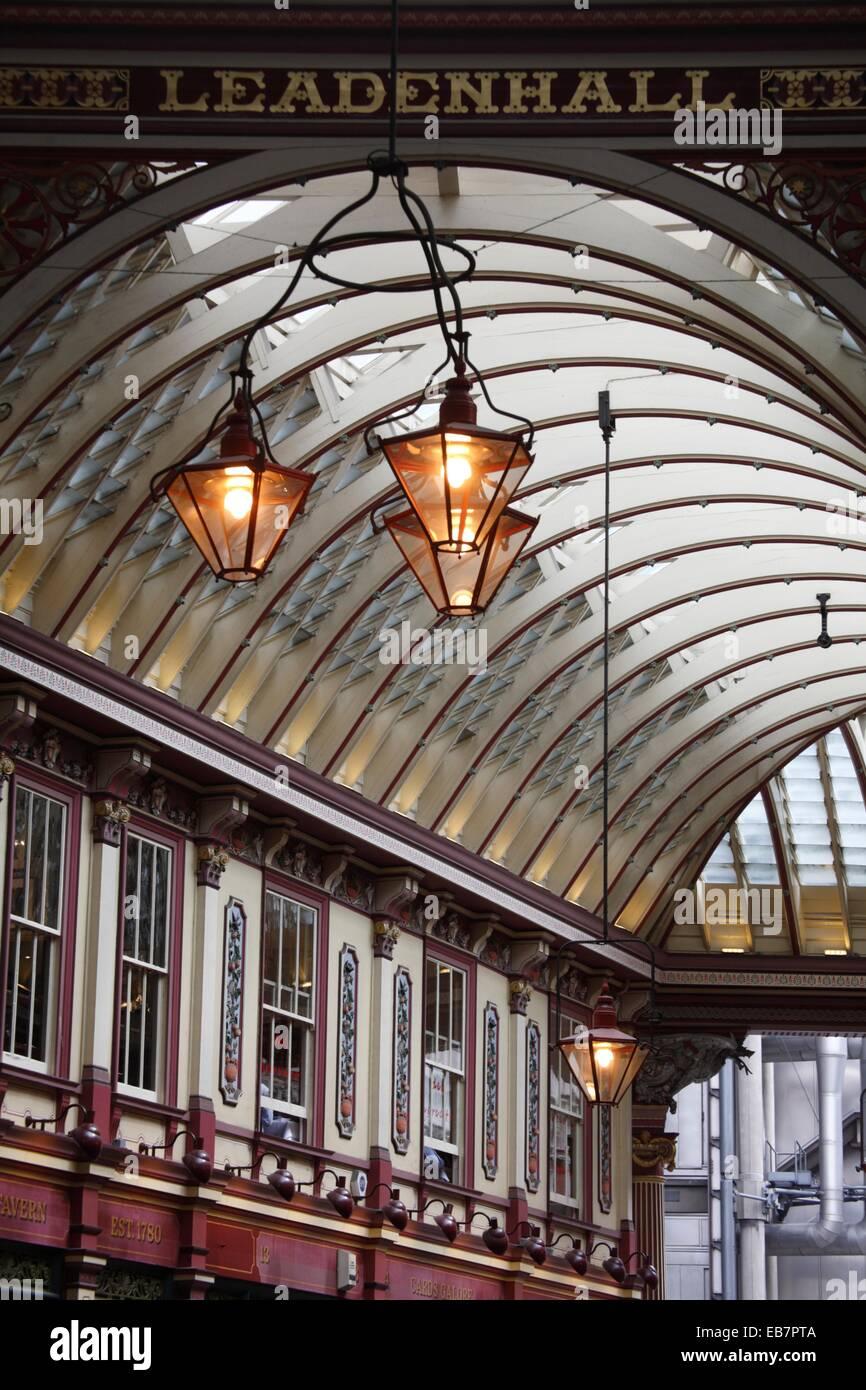 Die Innenansicht der Leadenhall Market, London, England, UK Stockbild
