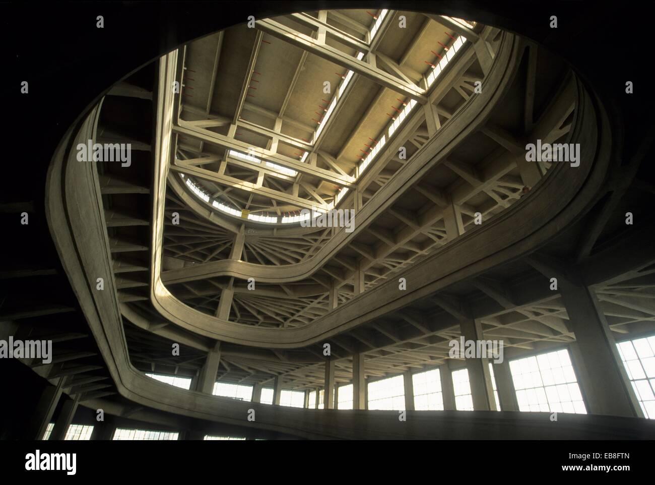 Spiralformige Rampe Auf Das Dach Des Lingotto Gebaude Das War Eine
