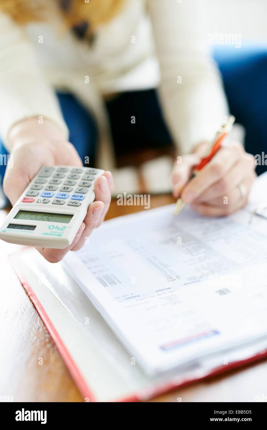 Frau, Arbeit, Finanzen Stockbild