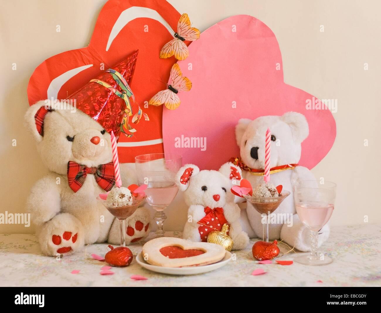 Teddybaren Jubilaum Zwei Weisse Teddybaren Teilen Eine Romantische