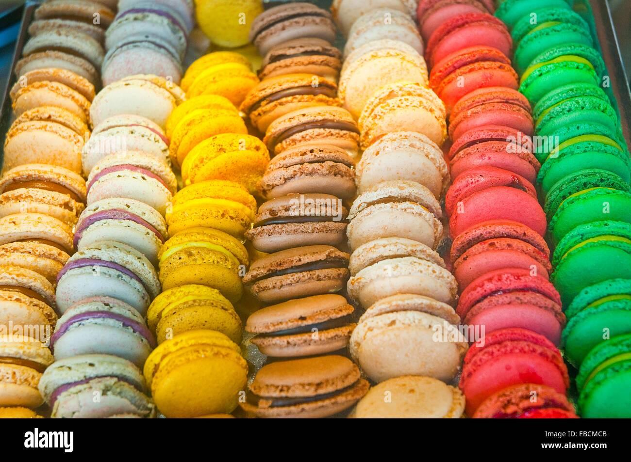 Sortierte Macarons Kleine Franzosische Kuchen Stockfoto Bild