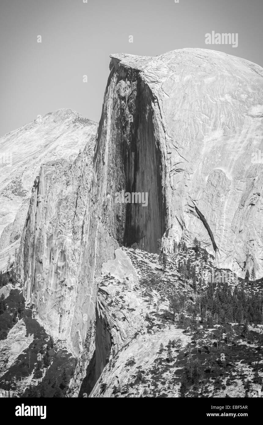 Die legendären Half Dome gesehen vom Glacier Point im Yosemite National Park Stockfoto