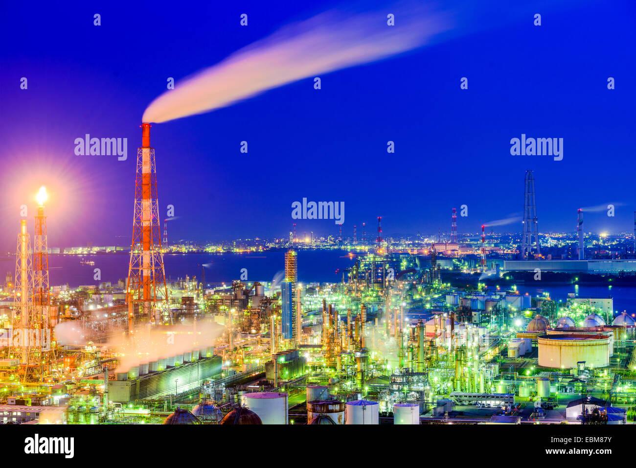 Chemieanlagen in Yokkaichi, Japan. Stockbild