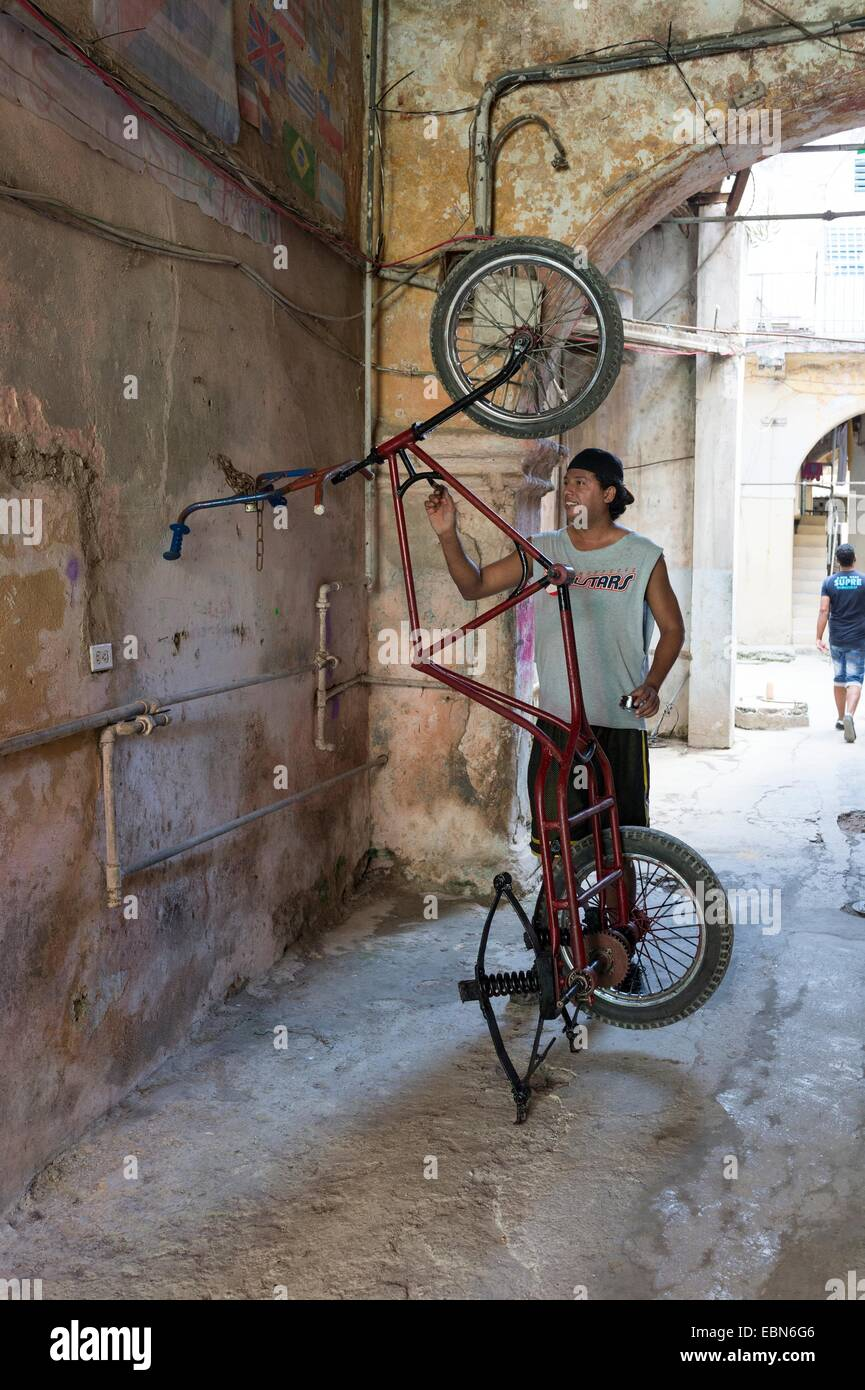 Painting Rickshaw Stockfotos & Painting Rickshaw Bilder - Alamy