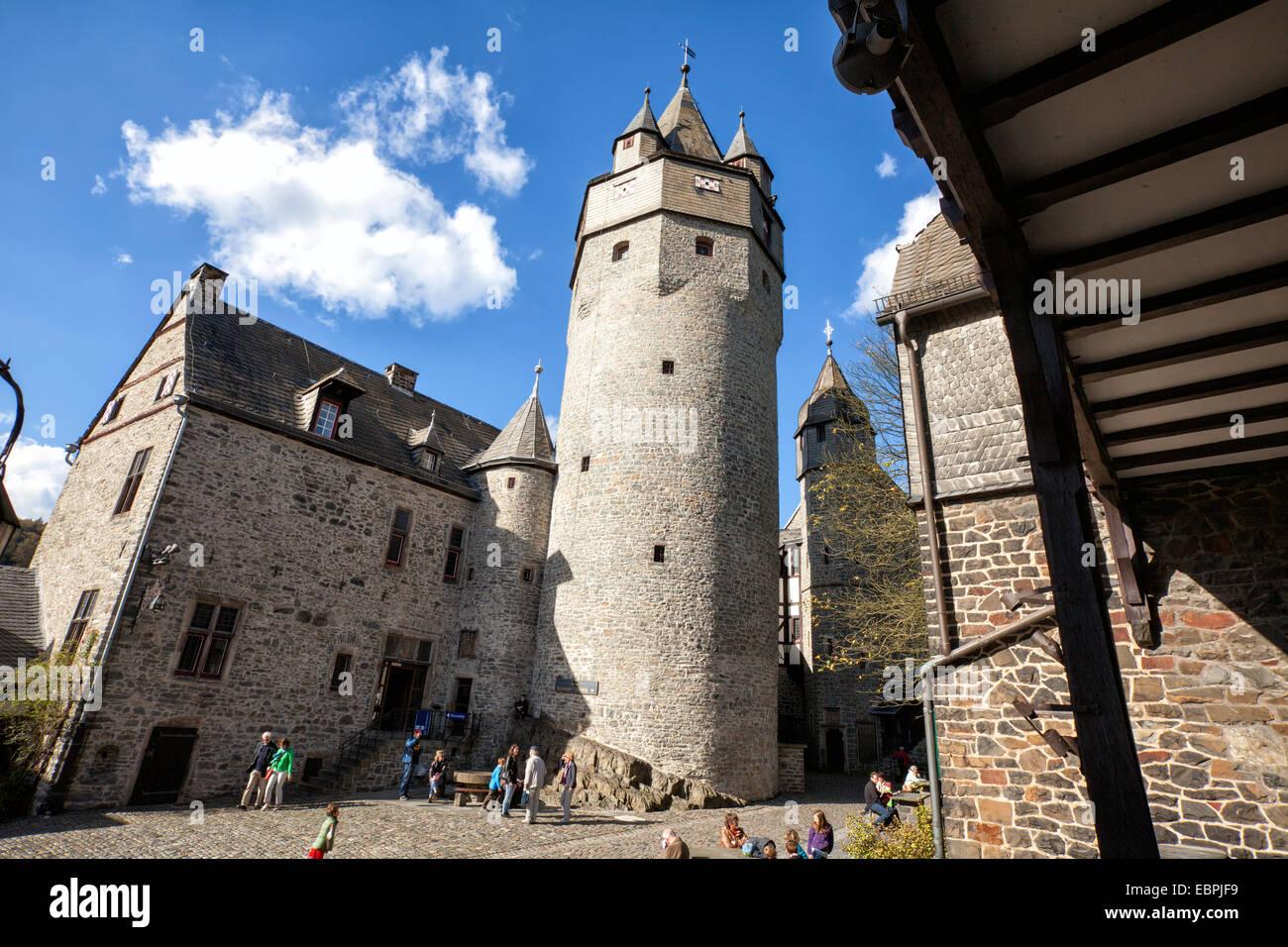 Burg Altena, Altena, Lennetal, Maerkischer Kreis, Sauerland, Nordrhein-Westfalen, Deutschland, Europa, Burg Altena, Stockbild