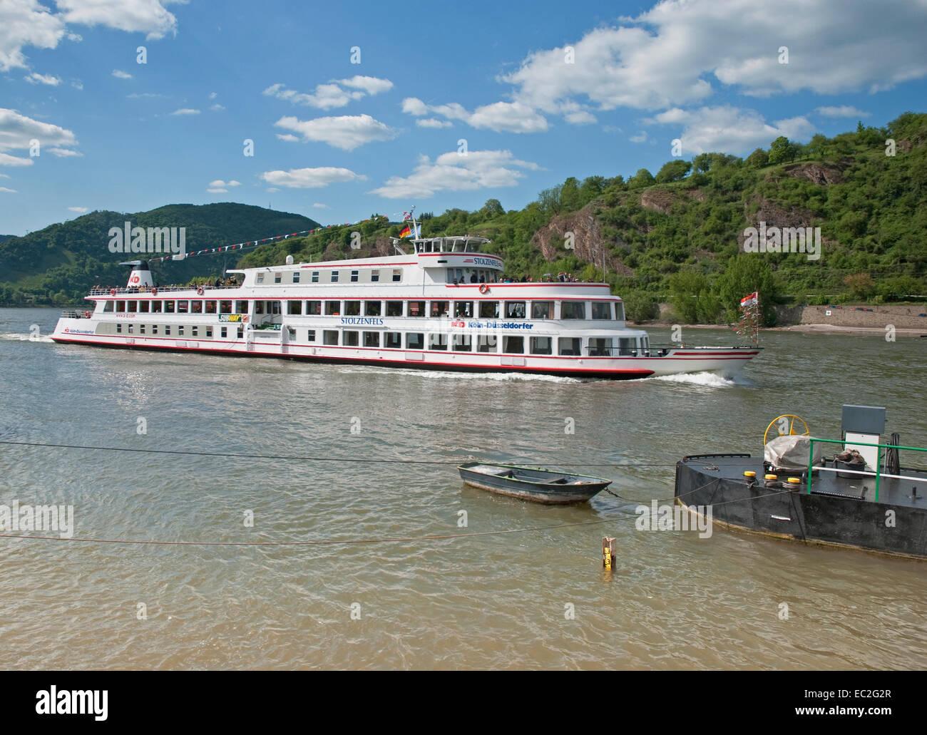 River Cruiser am Rhein bei Boppard in der Rhein-Tal, Deutschland Stockbild