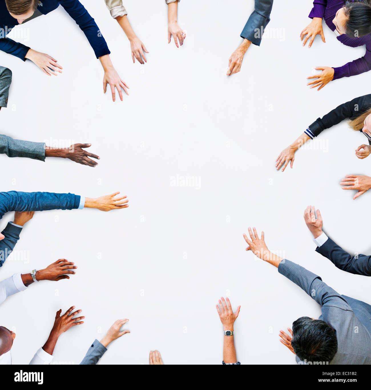 Menschliche Hände von Geschäftsleuten und Textfreiraum Stockbild