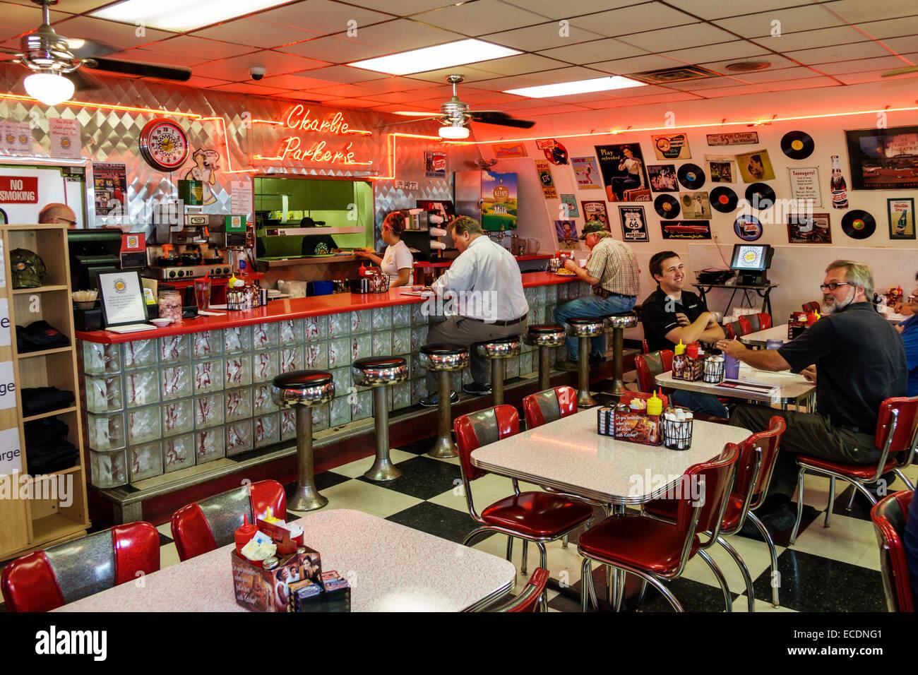 American Diner Interior Eating Stockfotos & American Diner Interior ...