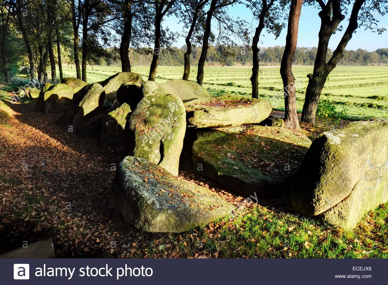 Megalith Kultur alte Grabsteine in Niedersachsen, Deutschland Stockbild