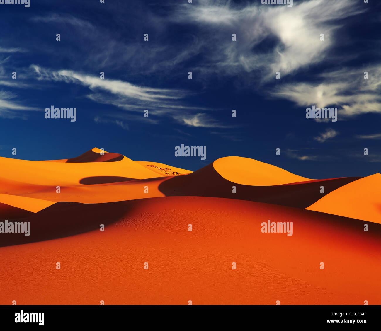 Sanddüne in der Wüste Sahara bei Sonnenuntergang, Tadrart, Algerien Stockbild