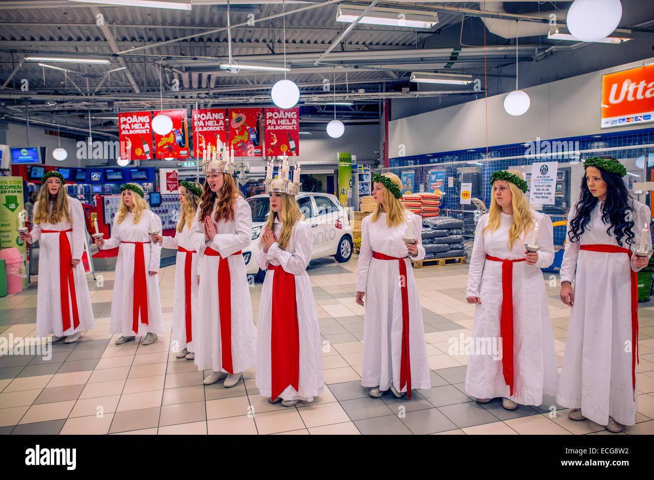 Die Gewählten Saint Lucy Von Norrköping Und Ihren Dänischen