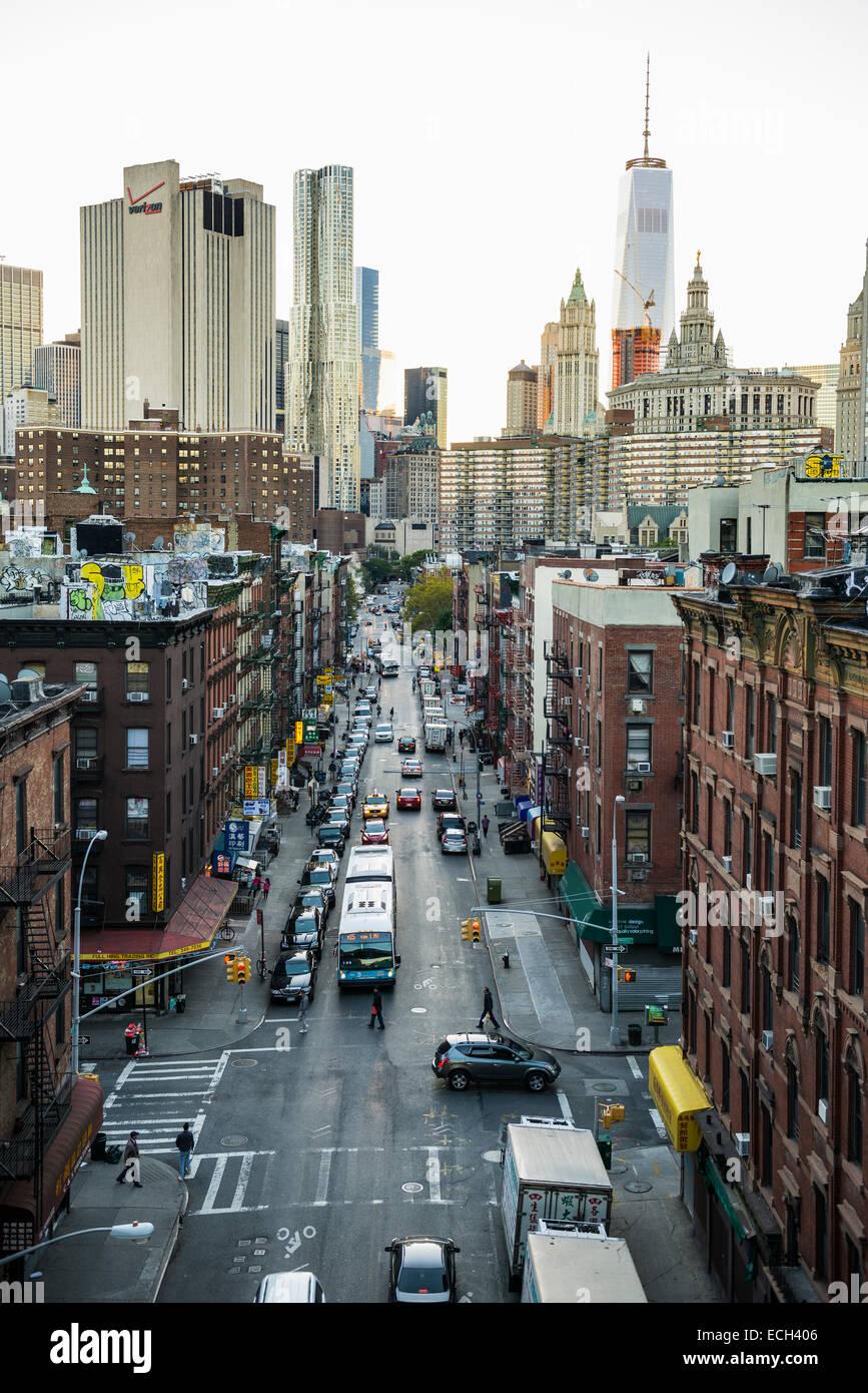 Monroe Street, Chinatown, Manhattan, New York, Vereinigte Staaten Stockbild