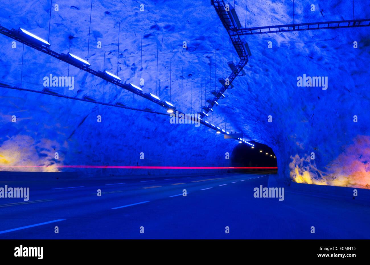 Laerdal Norwegen Tunnel Längste Tunnel Der Welt Bei 245 Km Oder 15