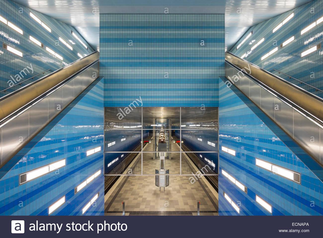 Überseequartier Station U4 U-Bahn-Linie, HafenCity, Hamburg, Deutschland Stockbild