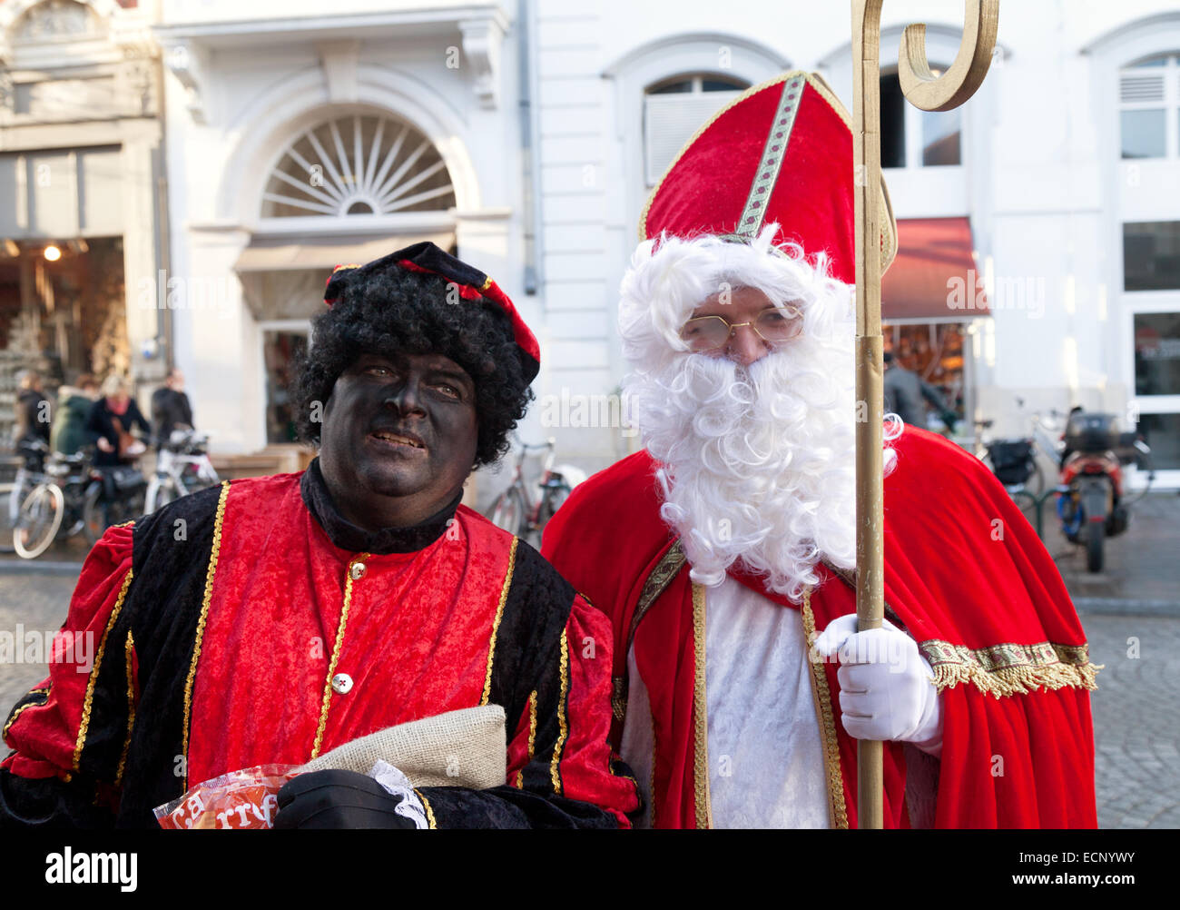 Black Pete und St. Nikolaus, zwei traditionelle Weihnachten Zeichen ...