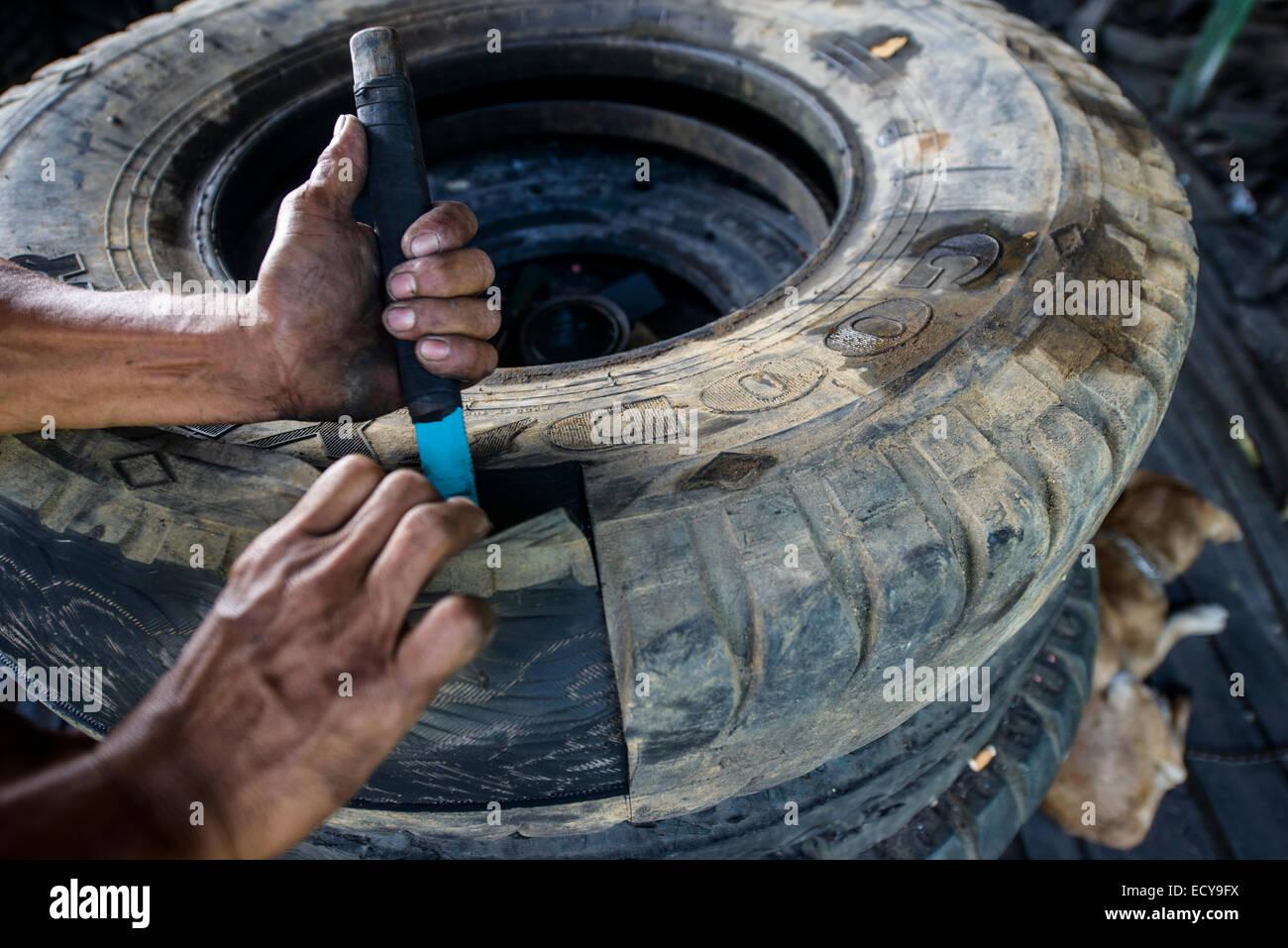 Recycling Von Alten Lkw Reifen Um Bauen Mobel Sud Luzon