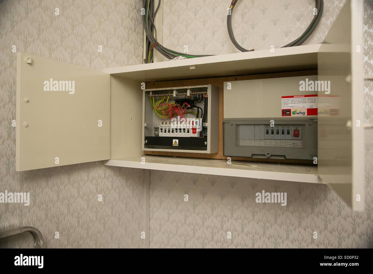 Fein Verkabelte Veröffentlichung Fotos - Elektrische Schaltplan ...