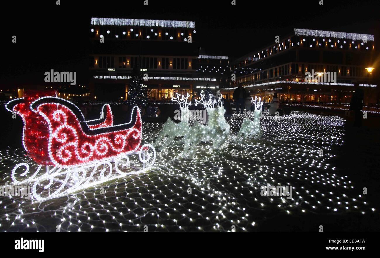 Ist Weihnachten Am 24 Oder 25.141225 Kairo 25 Dezember 2014 Xinhua Menschen Besuchen Die