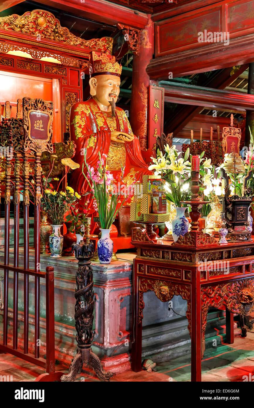 Statue von Konfuzius, Dai Tanh Heiligtum, Tempel der Literatur, Hanoi, Vietnam Stockbild