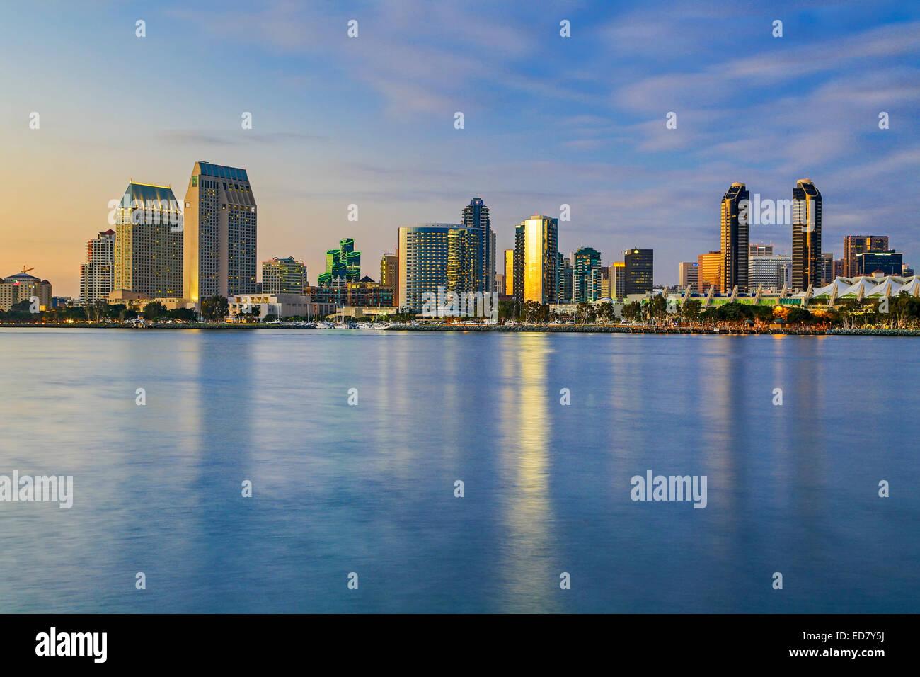 Die Skyline und die Bucht von San Diego, San Diego, Kalifornien, USA Stockbild