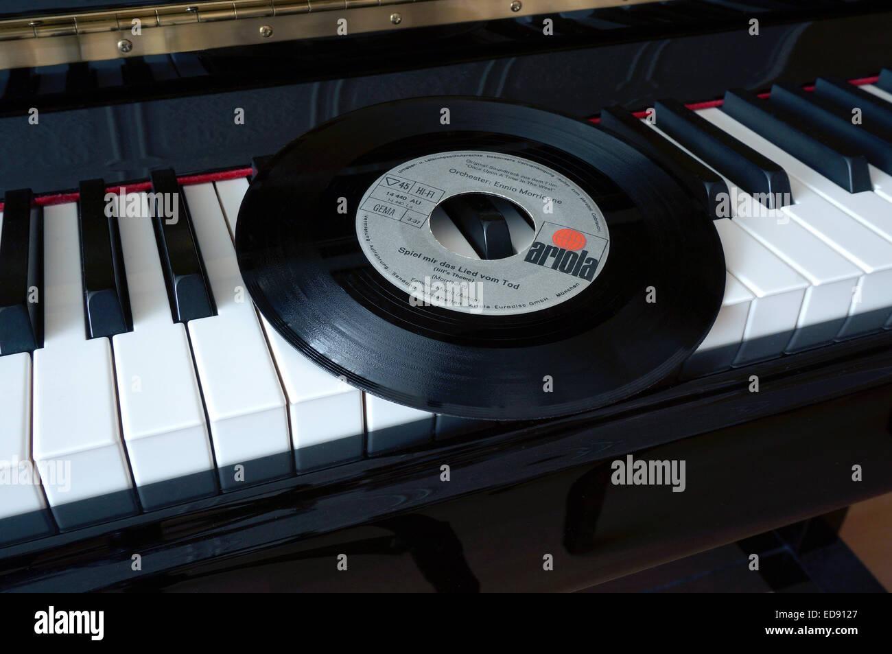 Das Piano Stockfotos & Das Piano Bilder - Alamy
