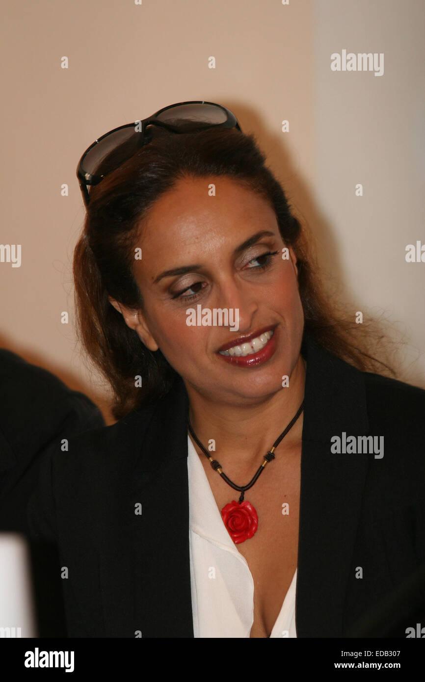 Israeli Singer Stockfotos & Israeli Singer Bilder - Seite 3 - Alamy
