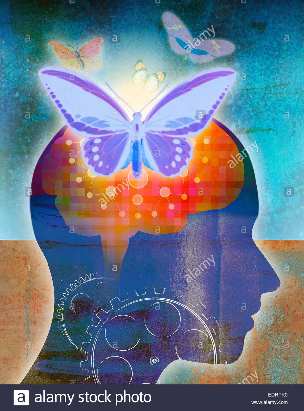 Schmetterlinge aus glühenden menschliche Gehirn Netzwerk verbunden zu cogs Stockbild