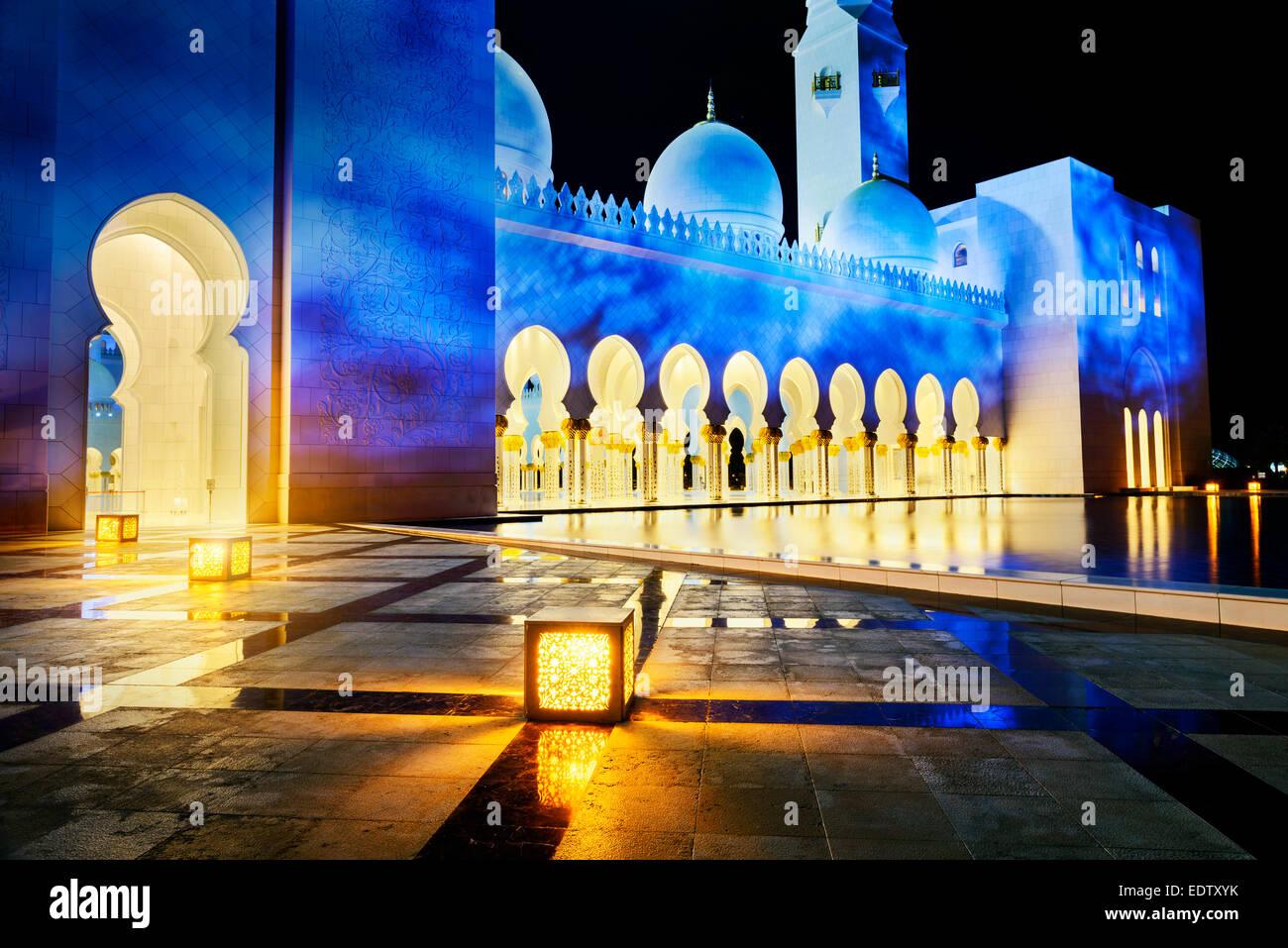 Abu Dhabi Sheikh Zayed weiße Moschee Stockbild
