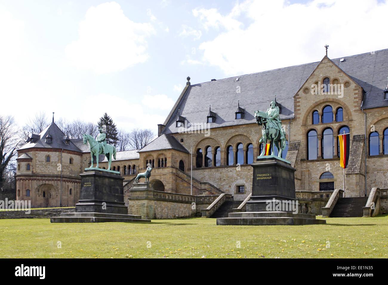 Altstadt, Architektur, Bauwerk, Bauwerke, Deutschland, Fassade, Edelstahlsockel, Gebaeude, Goslar, Kaiser, Kaiserpfalz, Stockbild