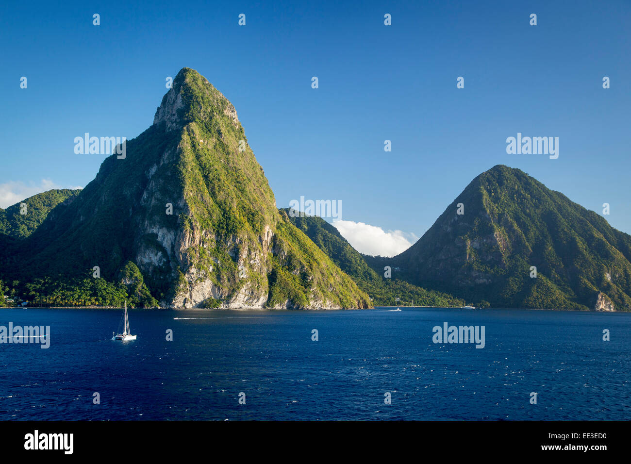 pitons st lucia stockfotos pitons st lucia bilder alamy. Black Bedroom Furniture Sets. Home Design Ideas
