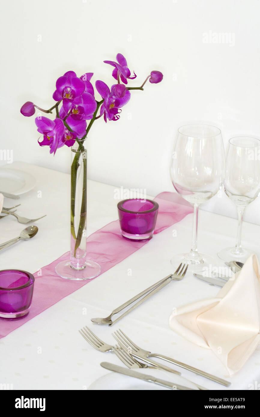 Tisch stockfotos tisch bilder alamy for Tischdekoration festlich