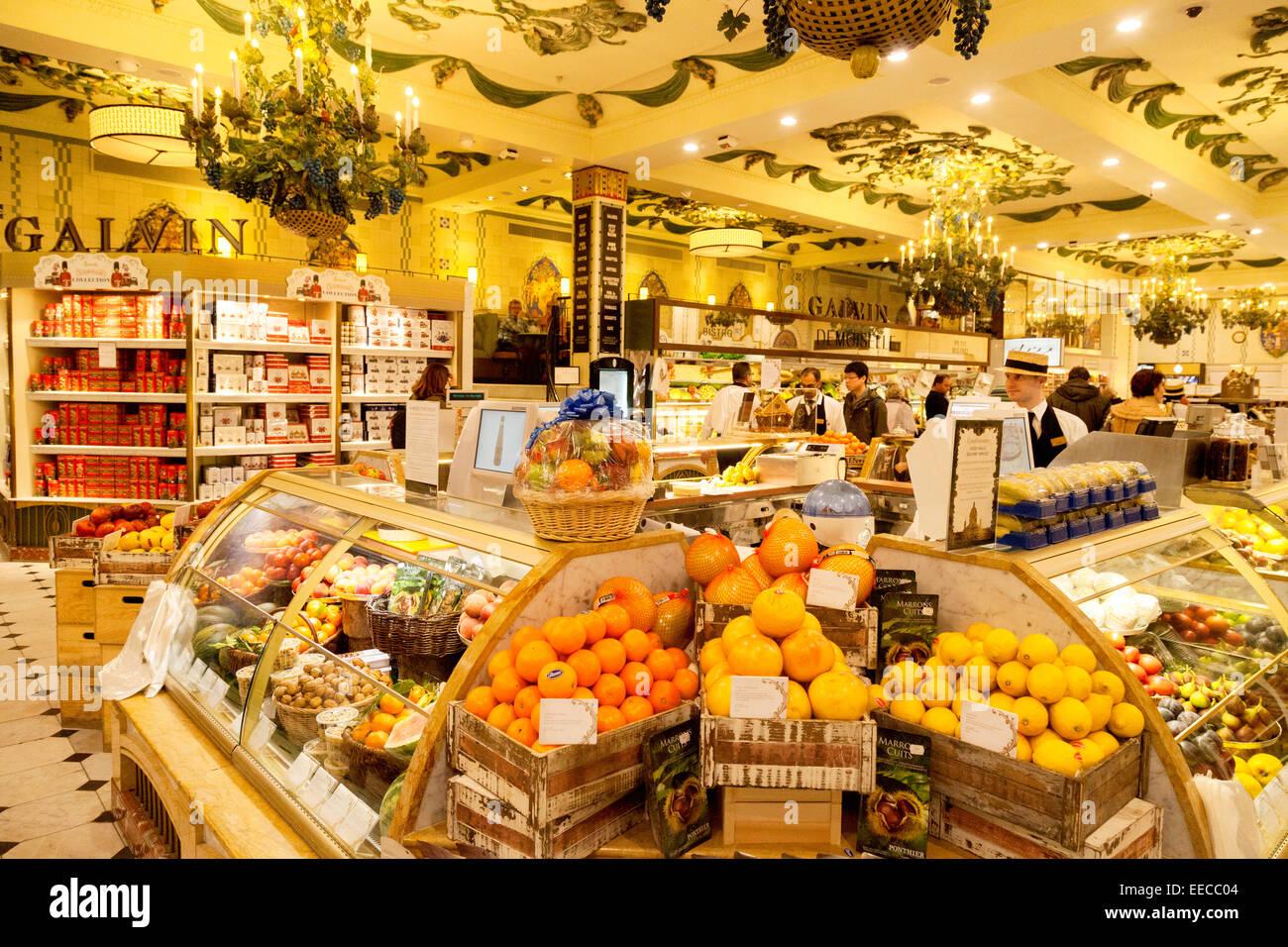Die Frucht essen Halle, Harrods Kaufhaus Interieur, Knightsbridge ...