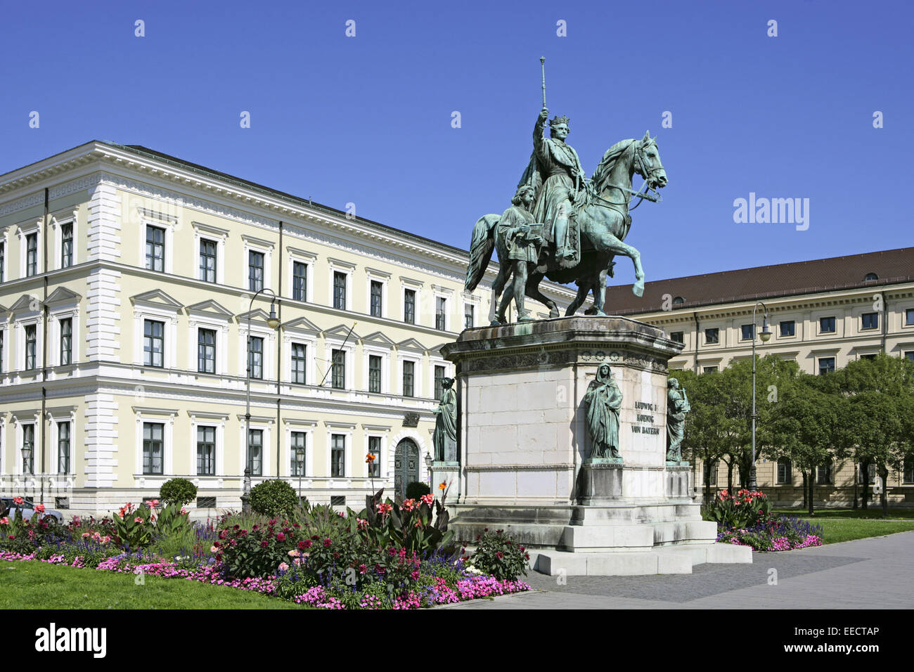 monument ludwig king bavaria munich stockfotos monument ludwig king bavaria munich bilder alamy. Black Bedroom Furniture Sets. Home Design Ideas