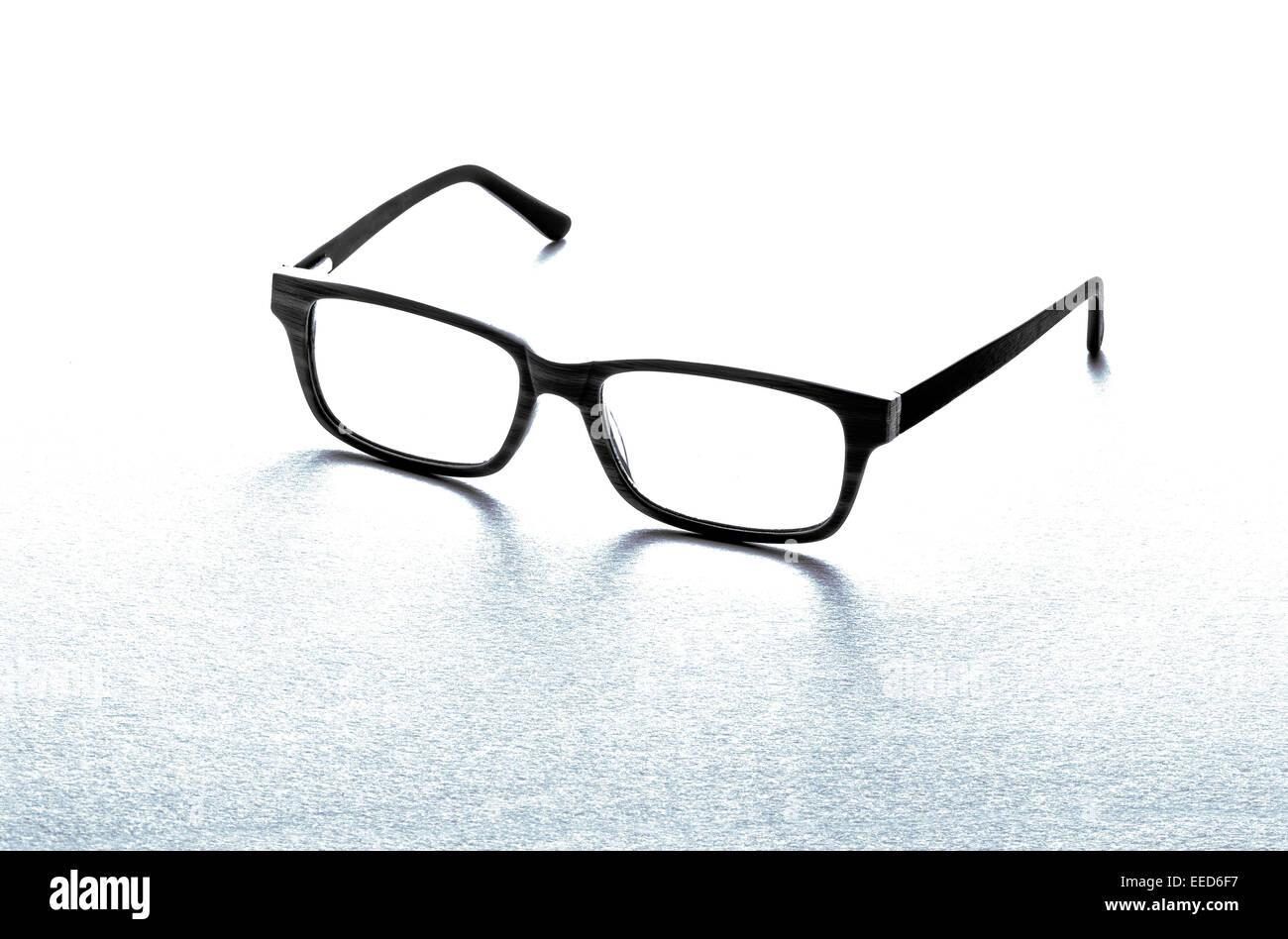 Wunderbar Schwarz Gerahmte Brille Ideen - Benutzerdefinierte ...