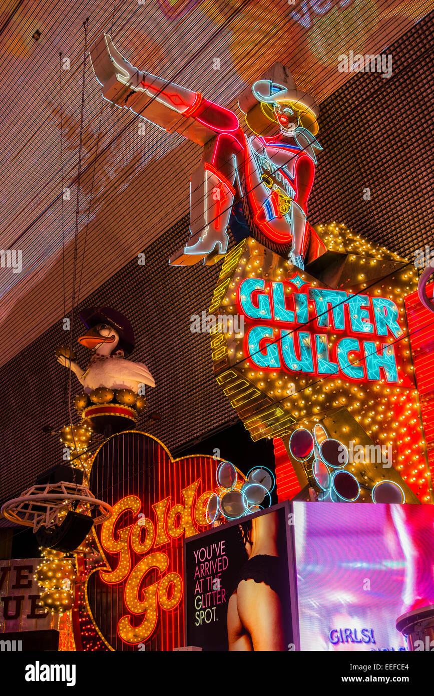 Glitter Gulch Leuchtreklame, Fußgängerzone Fremont Street Experience, Las Vegas, Nevada, USA Stockbild