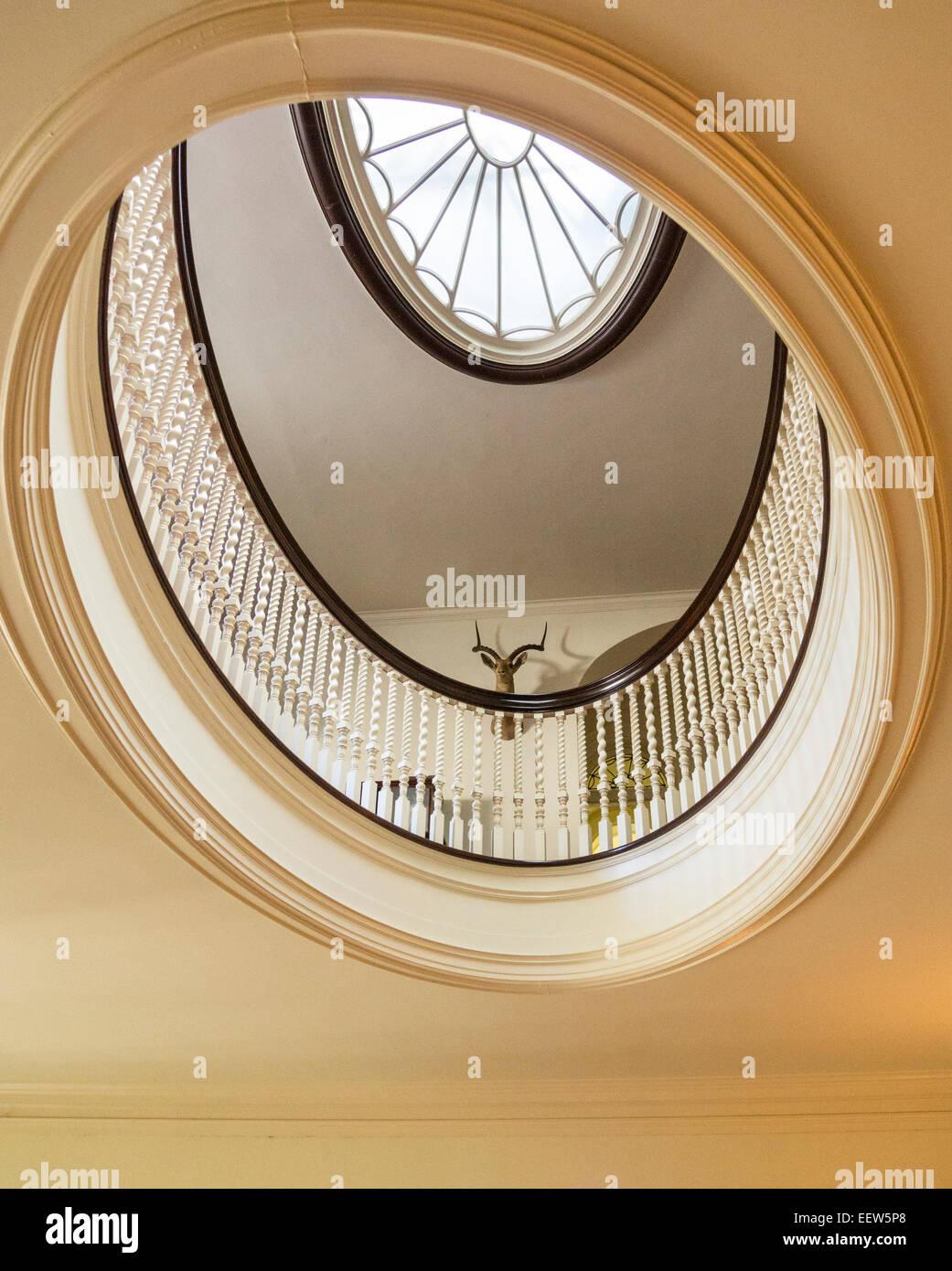 Balkon Und Dachfenster Uber Der Grossen Treppe Eine Doppelte Oval