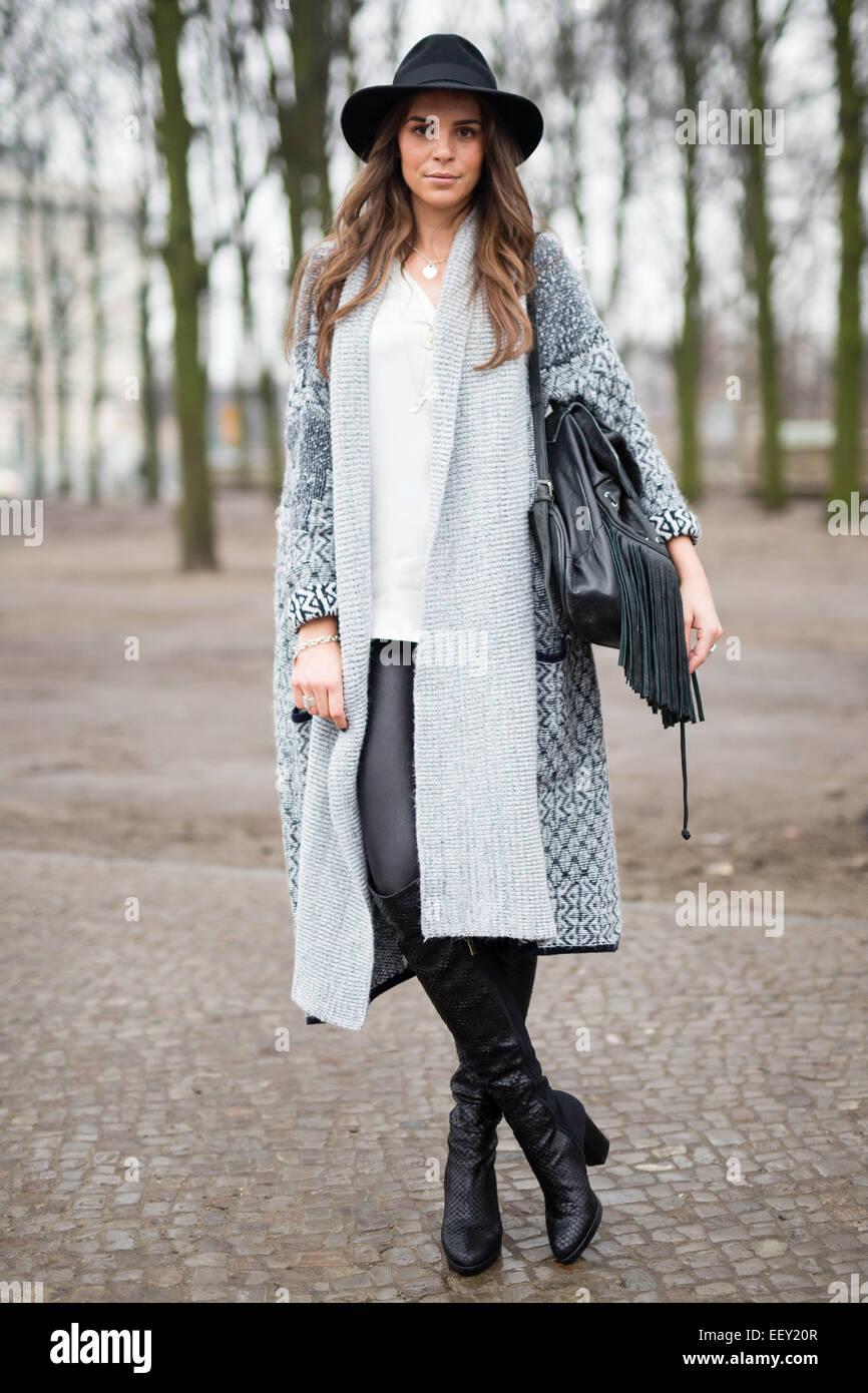 katharina steingraber teilnahme an mercedes benz fashion week in berlin deutschland 20. Black Bedroom Furniture Sets. Home Design Ideas