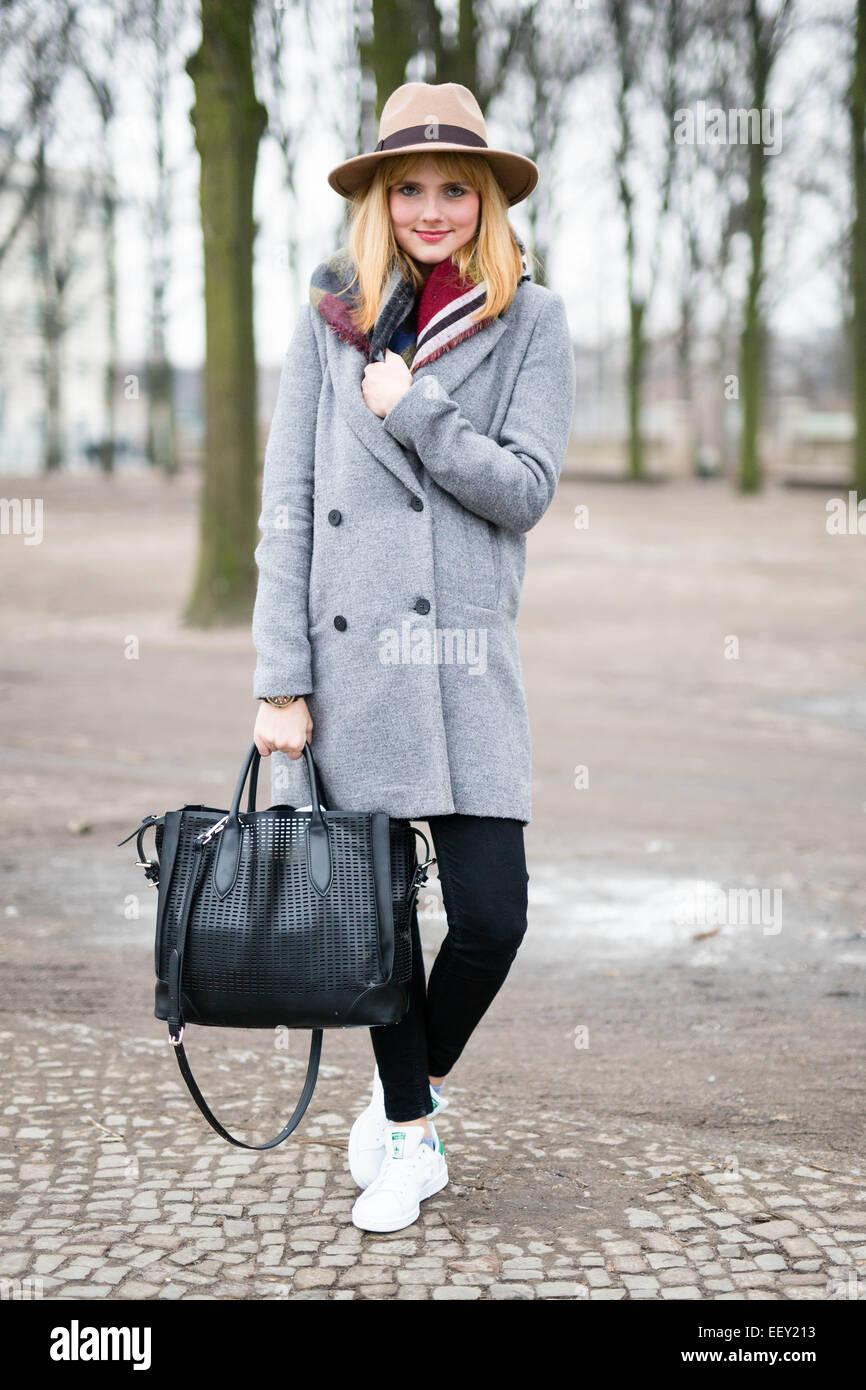 Julia Schaffner Teilnahme an Mercedes-Benz Fashion Week in Berlin, Deutschland - 19. Januar 2015 - Foto: Start-und Stockfoto