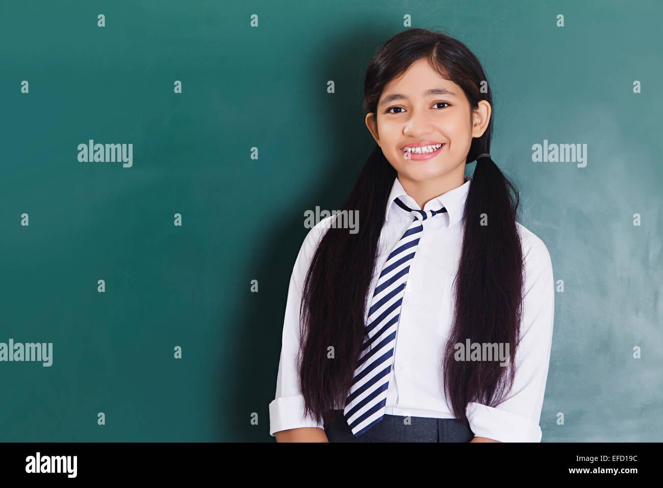 indischen teen flach chested girls