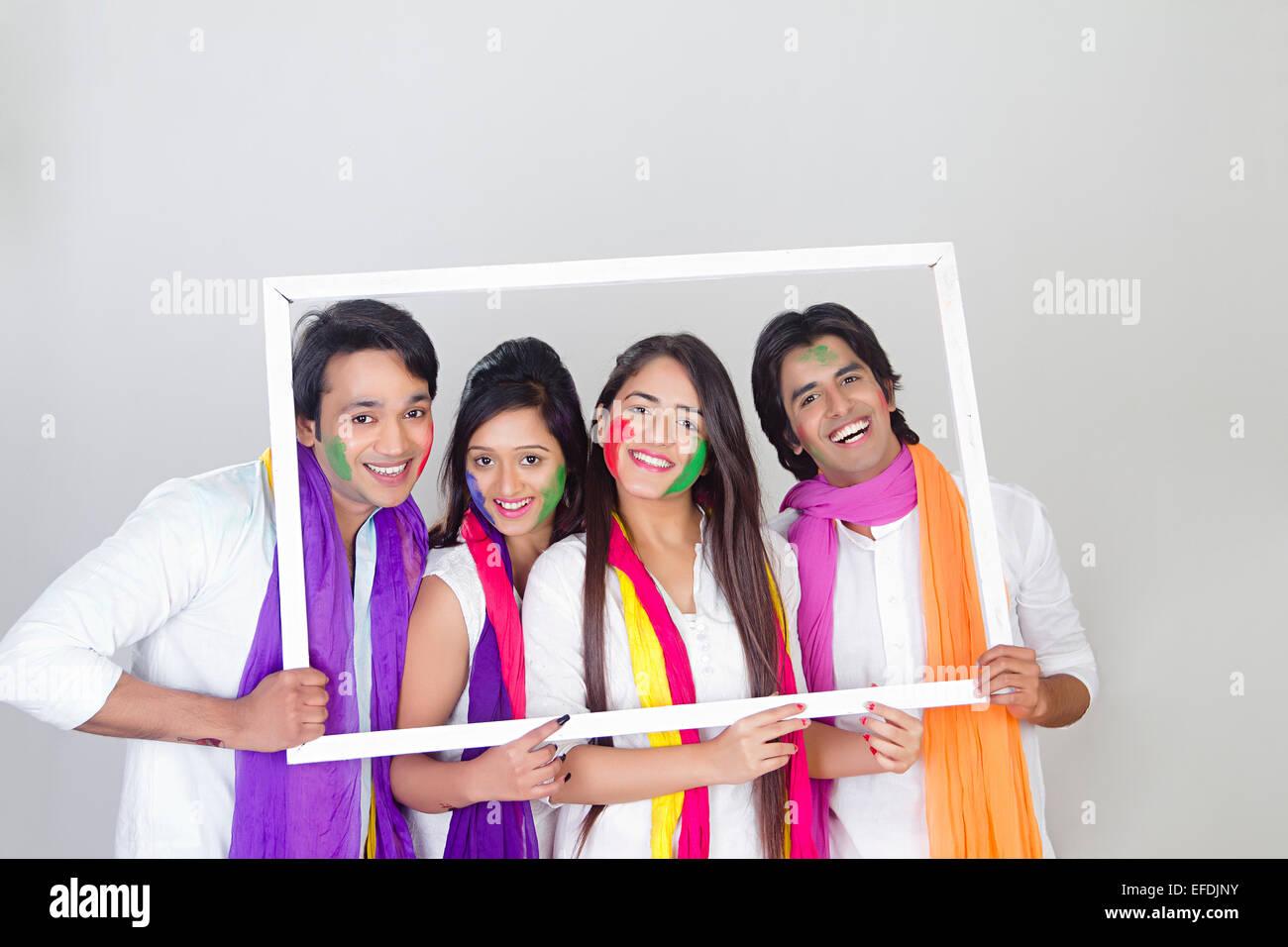 indische Freunde Holi Festival Bilderrahmen Stockfoto, Bild ...