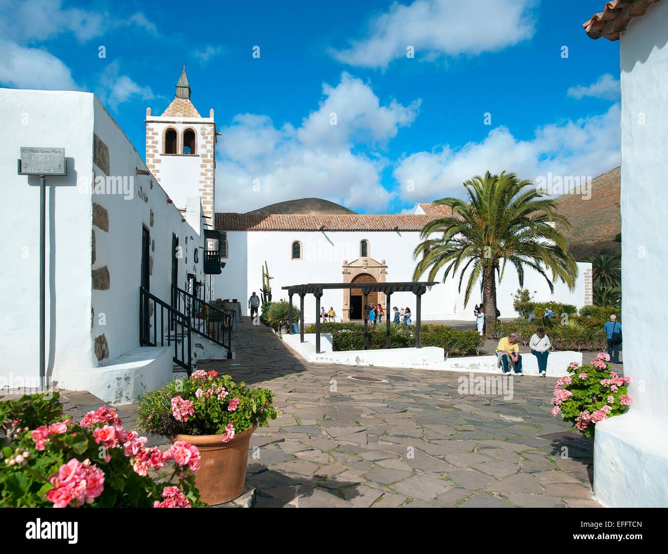 Kirche in Hauptplatz, Betancuria, Fuerteventura, Kanarische Inseln, Spanien Stockbild