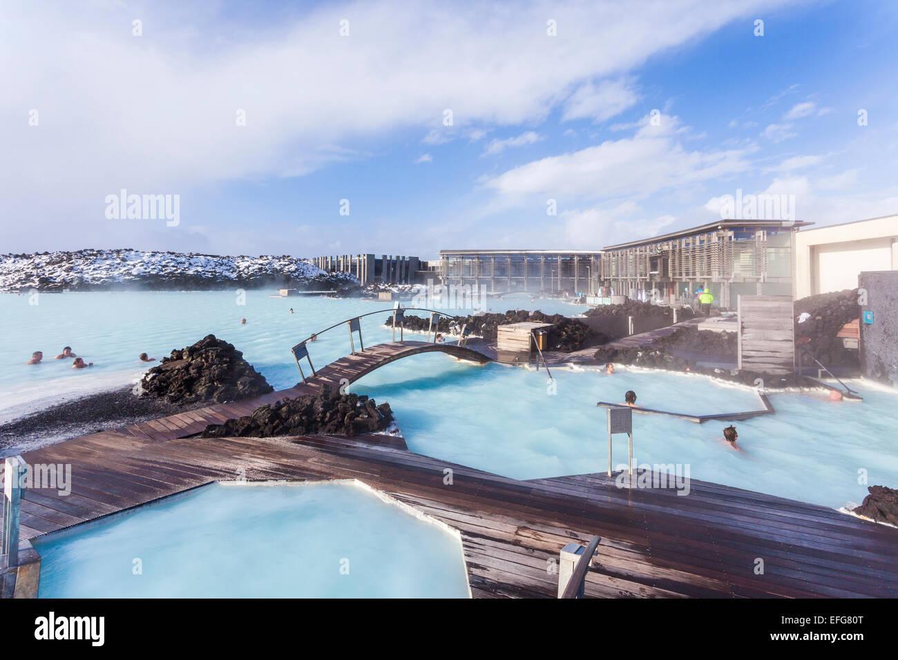 Splitter nya Die dampfende Wasser der Blue Lagoon, Brücken und Stege: Eine AZ-32