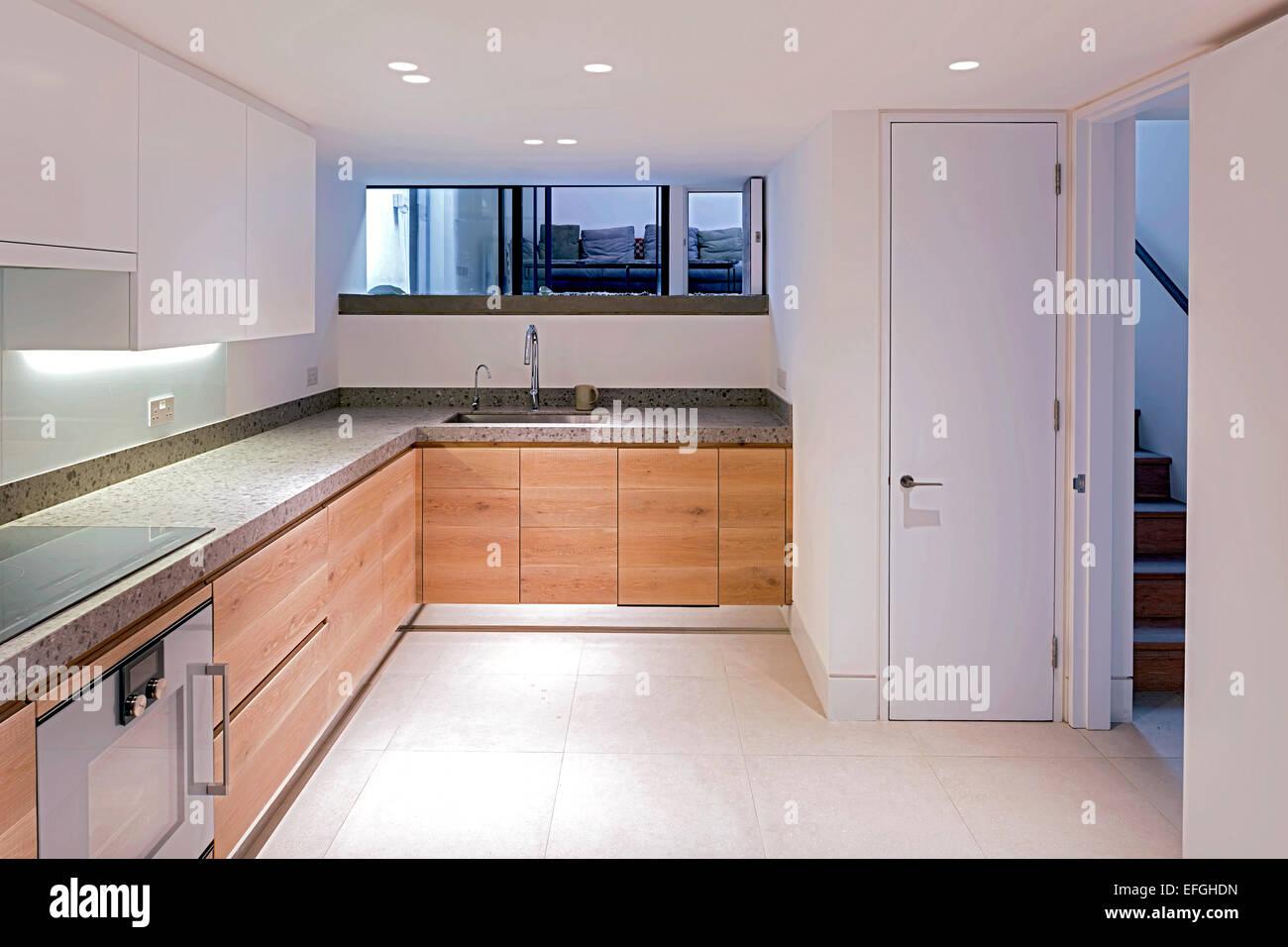 Basement Kitchen Stockfotos & Basement Kitchen Bilder - Alamy